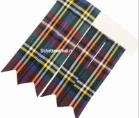 Basic Colour Stewart Royal, Flashes